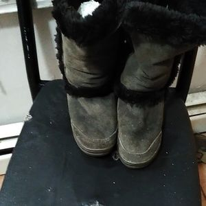 Grey and black ugg boots